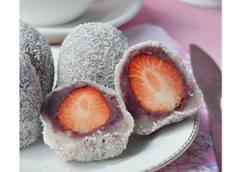 糯米草莓大福的做法 五月水果之糯米草莓大福
