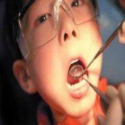 青少年注意不能 盲目矫正牙齿