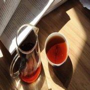 晚上喝茶头茶需倒掉 否则会影响睡眠