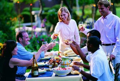 聚餐多吃菜少吃饭有什么不好 健康饮食