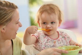 宝宝睡觉磨牙是什么原因