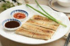 杭州传统小吃葱包烩的做法
