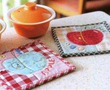 手工制作布艺杯垫教程 苹果杯垫制作教程