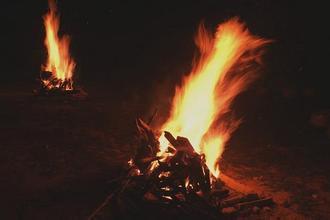 篝火怎么弄 野外时怎么弄篝火